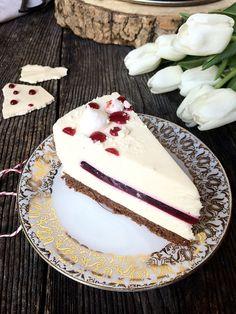 COOKam i guštam: Mousse torta s bijelom čokoladom i malinama Torte Recepti, Kolaci I Torte, Sweet Recipes, Cake Recipes, Dessert Recipes, Braided Nutella Bread, Croation Recipes, Yogurt Dessert, Pavlova Recipe