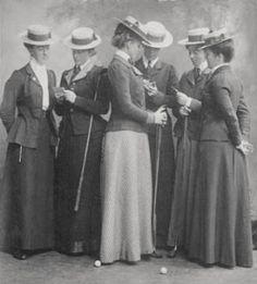 Victorian Woman's Golf team, 1909