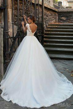 #Gelin #Gelinlik #GelinlikModelleri #GelinBaşı #TesettürGelinlik #Abiye #TesettürAbiye #Nişanlık #Duvak #ElÇiçeği #GelinAyakkabısı #Wedding #WeddingIdeas #WeddingPlanner #WeddingDecorations #Bride #WeddingRegistry #Photojournalism http://gelinshop.com/ppost/436919601335572270/