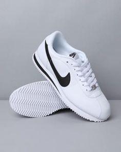 sale retailer 39066 4ed77 ~lilamoriarty~ Nike Classic Tennis Shoes, Nike Shoes Women White, White  Tennis Shoes
