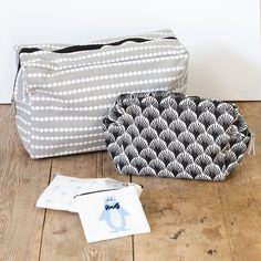 Toilet bags and make-up pouches for fun vacations. Price from DKK 1290 / SEK 1760 / NOK 1890 / EUR 183 / ISK 357 / GBP 1.44  #toiletbag #makeupbag #cosmetics #makeup #travelling #travels #vacation #holidays #inspiration #sostrenegrene #søstrenegrene