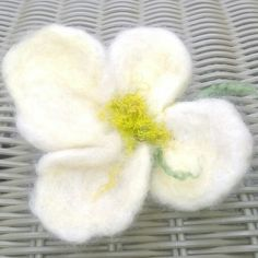Uniqiue flowers brooch&pin hair felted by touch of rainbow Boho Wedding Flowers, Vanilla Cream, Spring Flowers, Hippie Boho, Hair Pins, Handmade, Gifts, Etsy, Rainbow