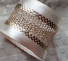 SET of 25 CREAM with GOLD Napkin Rings by ModernClassicbyCarol