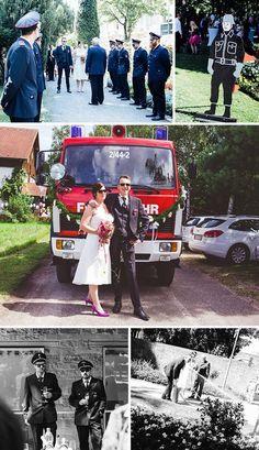 Nach der Trauung im Standesamt wurde das frischgebackende Feuerwehr Brautpaar gebührend von der freiwilligen Feuerwehr empfangen. Nach kurzen Glückwünschen mussten die Eheleute, wie es sich für eine Feuerwehrhochzeit gehört, erst einmal einen Brand löschen. I © Licht und Herz
