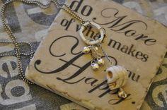 Necklace.... Dog Tags, Dog Tag Necklace, Jewels, How To Make, Jewerly, Gemstones, Fine Jewelry, Gem, Jewelery