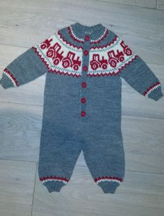 Bilderesultater for strikket dress baby Baby Knitting, Crochet Baby, Knit Crochet, Baby Barn, Baby Outfits, Textiles, Kids And Parenting, Baby Dress, Christmas Sweaters