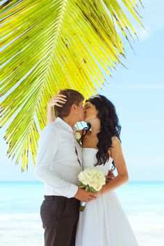 Dominicana wedding #islands #love #wedding Click the picture to see the whole photoshoot!