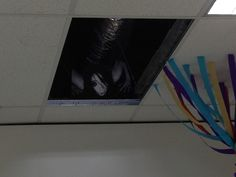 Whoever sits right below this part of the ceiling / 20 People Having A Way Tougher Day At Work Than You (via BuzzFeed)