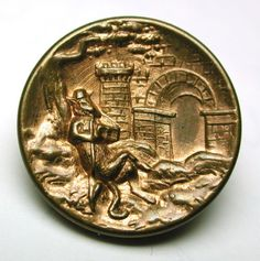 Antique-Brass-Fable-Button-Reynard-the-Fox-at-the-Gate-of-his-Castle