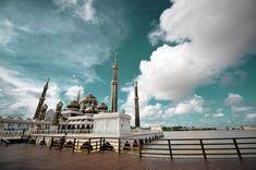 Gambar foto masjid masjid terkenal dan terindah di dunia | Masjid Crystal di Kuala Terengganu, Malaysia