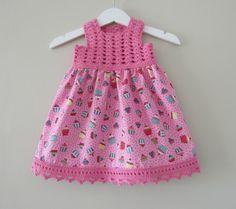 Crochet Baby Dress Pattern, Crochet Jumper, Crochet Fabric, Baby Girl Crochet, Crochet Baby Clothes, Crochet For Kids, Baby Girl Party Dresses, Little Girl Dresses, Baby Girl Patterns