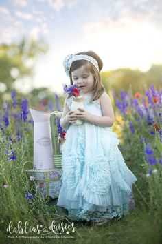 Dallas Family Photographer, wildflowers, doll cake, flowers Dallas, Cake Flowers, Photographing Kids, Wildflowers, Daisies, Children Photography, Siblings, Family Photographer, Photo Ideas