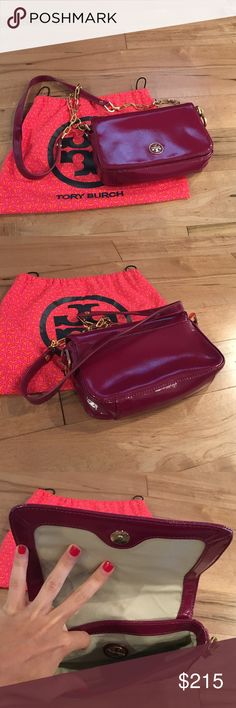 Tory Burch Handbag Gorgeous & in like new condition! Great shoulder bag & can easily hold all of your necessities-- much more spacious than it photographs. See last photo for size comparison. Tory Burch Bags