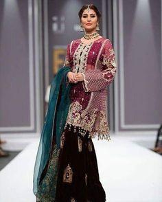 Saira Rizwan 'banaras' at #FPW2016   #areebahabib #sairarizwan
