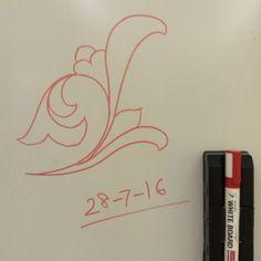 #floral #islamic #design on #whiteboard  #الزخارف_الإسلامية #زخرفة