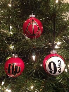 Hey, I found this really awesome Etsy listing at https://www.etsy.com/listing/210723018/harry-potter-symbols-set-of-3-ornaments