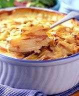 Our cheesy Au Gratin Potato dish is the perfect crowd pleaser—rich enough for your spouse and kids, yet light enough to keep your waistline slim. #recipe #WWLoves