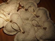 Kottamintás szívek textilből