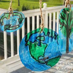 Upcycled Plastic Suncatchers #earthday #suncatcher #upcycled #plastic #earthdaycrafts