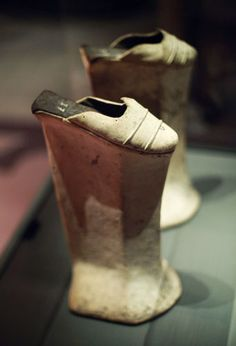 Venitian chopines, 1550-1600  extreme and impractical footwear were fashionable ....brings high heels to the next level