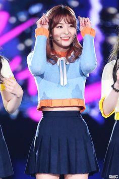 Seulgi Kpop Girl Groups, Korean Girl Groups, Kpop Girls, Stage Outfits, Kpop Outfits, Taemin, Korean Celebrities, Celebs, Bff