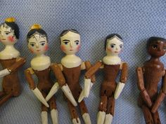 """6"""" Rare FRED LAUGHON Folk Art OLD WOMAN in SHOE """"FTL1992"""" Tuck-Comb & Peg-Woods"""