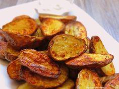 Diese Kartoffeln sind so voller Geschmack und unheimlich knusprig....einfach perfekt.  Dazu eine leckere Sour Creme und einen knackigen Sala...