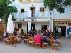 Bar Costa The famous bocadillos bar in Santa Gertrudis, with an impressive collection of paintings inside. Go enjoy one of serrano ham on the terrace, opposite the church of Santa Gertrudis, is a tradition.