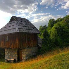 The old rural architecture composed of watermills and cloth rolling mills, in the Village of #Sopotnica near #Prijepolje.  | Старинска сеоска архитектура коју чине воденице и ваљарице, у селу #Сопотница у близини Пријепоља.