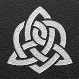 Celtic sister knot - perfect next tatoo Celtic Symbol For Sister, Sister Symbols, Tattoo Son, Sister Tattoos, Grey Tattoo, Celtic Patterns, Celtic Designs, Trendy Tattoos, New Tattoos