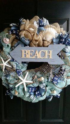 Beach Themed Wreath Summer Wreath Seashell by TriciasTreasures11