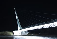 File:Sundial bridge, Redding, Ca.