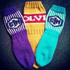 Woolen Socks, Knitting Charts, Mittens, Knit Crochet, Footwear, Sewing, Crocheting, Gift Ideas, Fashion