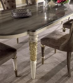 Dining tables | Tables | Layton | Longhi | Giuseppe Iasparra. Check it out on Architonic