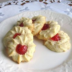 Czech Christmas Cookie Recipes Vanocni Cukovri ❤ liked on Polyvore