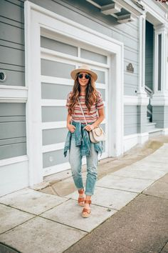 5 Essentials for Spring Outfits | spring outfit ideas | must have spring clothing | spring outfits for women || The Girl in the Yellow Dress #springoutfit #springstyle