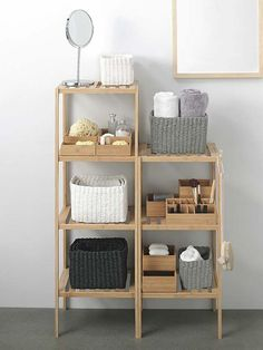 Find the most inspirational DIY home decor ideas for your bathroom here. Vintage Home Decor, Diy Home Decor, Muji Home, Home Organization, Organizing, Home Accessories, Bedroom Decor, Shelves, Interior Design