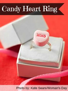 Valentine's Day Craft: Candy Heart Ring   http://www.2littledollzdeals.com/valentines-day-craft-candy-heart-ring/