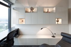 Eureka Tower apartment design_Custom joinery to house art and sculptures_Residential design_Design Collective MEME
