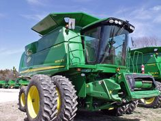 combine.Either a John Deere 9570,9670,9770 or largest 9870
