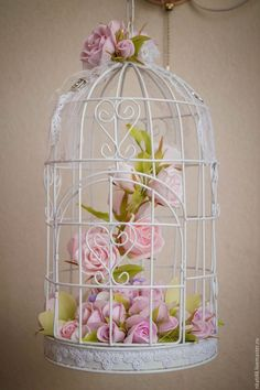 Recycled Paper Crafts, Newspaper Crafts, Diy Home Crafts, Diy Arts And Crafts, Handmade Decorations, Flower Decorations, Bird Cage Centerpiece, Bridal Shower Tea, Shabby Chic Crafts