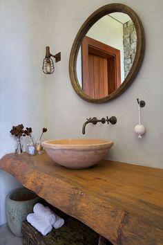 Rustic Bathroom Designs, Rustic Bathroom Decor, Modern Farmhouse Bathroom, Bathroom Design Luxury, Bathroom Styling, Bad Inspiration, Bathroom Inspiration, Village House Design, Hygge Home