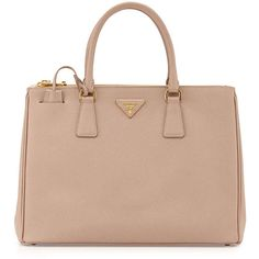 Prada Saffiano Lux Double-Zip Tote Bag (9.225 BRL) ❤ liked on Polyvore featuring bags, handbags, tote bags, purses, accessories, blush, beige handbags, expandable tote, prada purses and double zip tote