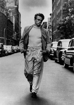 James Dean rue par  © Roy Schatt, courtesy