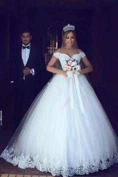 23 best my dream wedding dresses images on Pinterest   Wedding ...