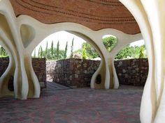 """There is this incredible place the locals call """"Timolandia"""", Tim Sullivan´s house build by himself and Steve Kornher, who is a designer/builder living in San Miguel de Allende, Guanajuato Mexico and who loves concrete. I stumbled upon his website before and the fantasyland designed houses, sculptures and buildings left me nearly breathless. One day I would love to see them with my own eyes. They inspire me a lot."""