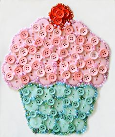 An easy button kit, a wooden frame and some embellishments, and you've got an adorable, calorie-free Button Cupcake Art Birthday Gift! At littlemisscelebration.com