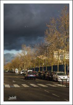 045/365 - Nubes Negras. Miguel A. de la Cal. Alcorcón. Street Photography. DelaCal. www.fotobodadelacal.es