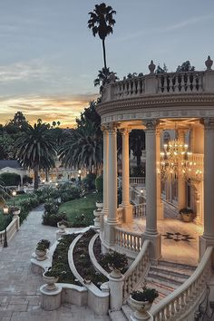 Incredible patio.. classic, luxury