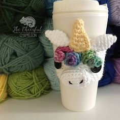 Crochet unicorn coaster ideas for 2019 Crochet Coffee Cozy, Crochet Cozy, Crochet Gifts, Coffee Cozy Pattern, Coffee Cup Cozy, Coffee Scrub, Coffee Creamer, Hot Coffee, Iced Coffee